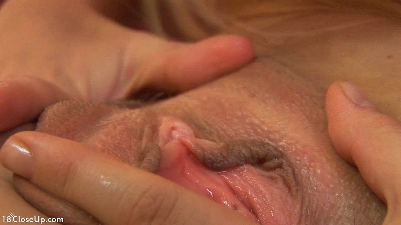 tongue licking vaginas